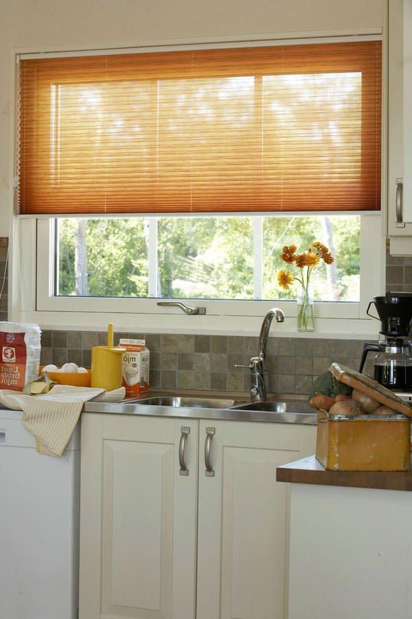 шторы плиссе для кухни