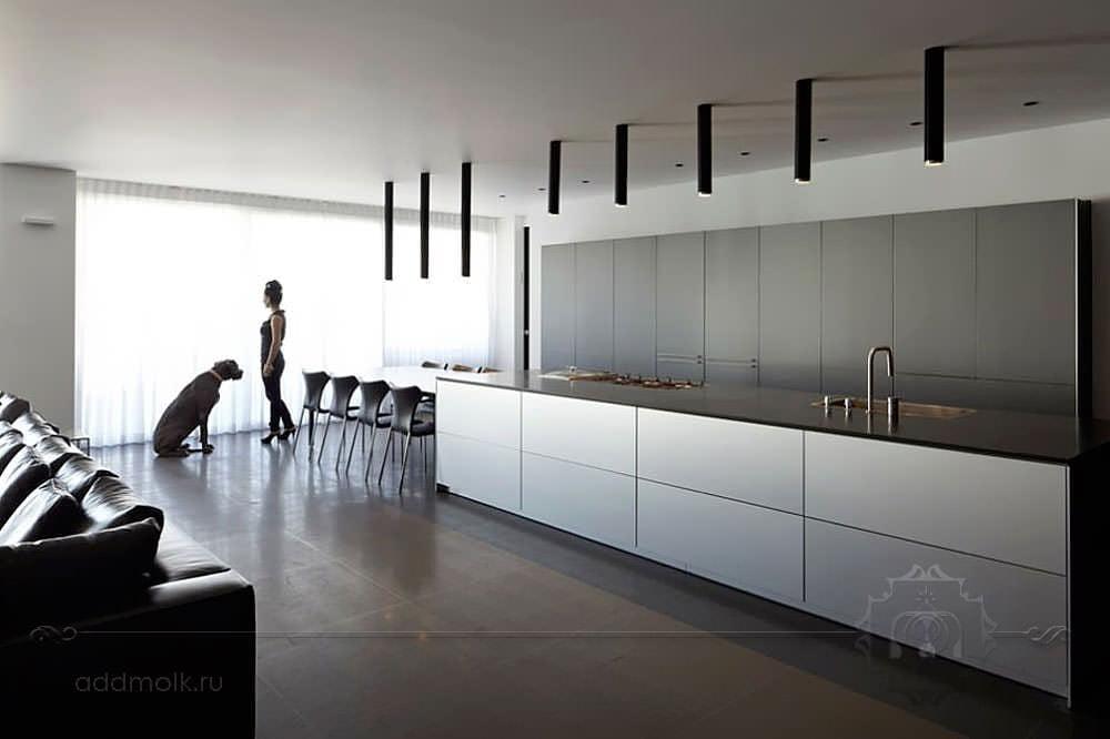 Современная квартира-студия в хай-теке